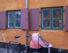 北欧の記憶ところどころ・・・(3)ベビーカーのある風景